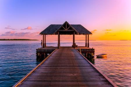 马尔代夫码头唯美日落