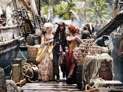 杰克船长和两位女士
