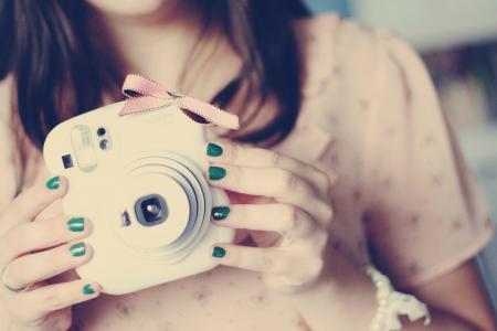 相机的女孩