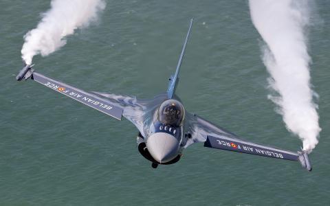 比利时的军事航空
