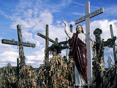 希奥利艾十字架的山