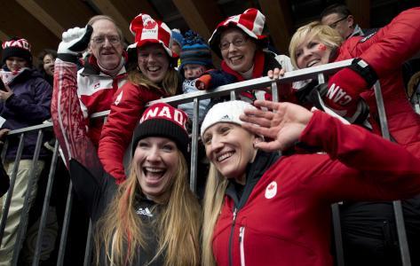 凯莉·亨弗里斯加拿大雪橇金牌得主