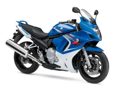 蓝色摩托车铃木GSX 650F