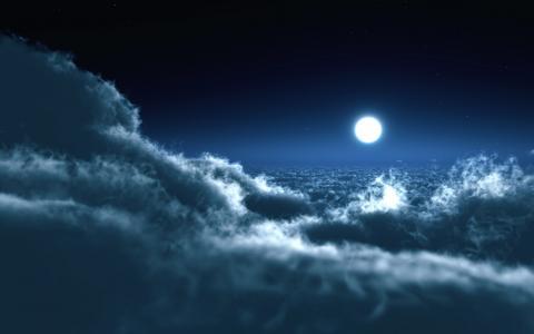 云层上方的月亮夜空