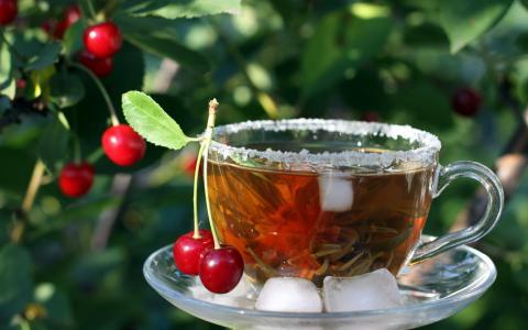 绿茶与樱桃
