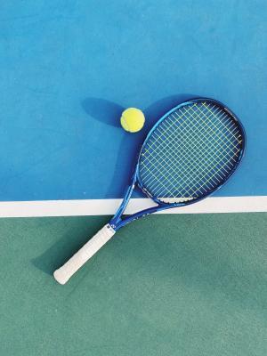 小清新羽毛球拍微信背景