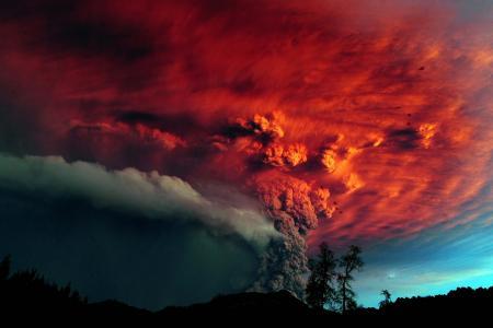 智利Calbuco火山可怕的爆发