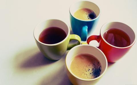 多彩多姿的杯子