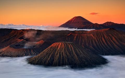 印度尼西亚的山