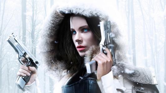 席琳与电影中的武器人物另一个世界。