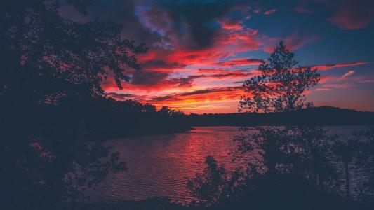 唯美迷人的黄昏晚霞风光