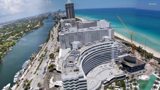 在迈阿密建一个豪华酒店
