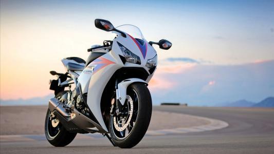 摩托车本田cbr 1000rr
