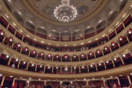 歌剧和芭蕾傲德萨国家剧院的内部