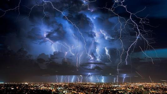 闪电在迈阿密