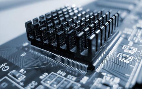 微芯片与散热器