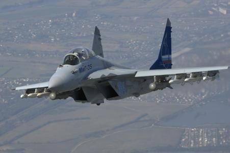 米格35与导弹
