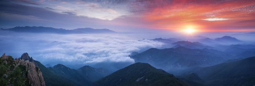 唯美迷人的云海日出风光