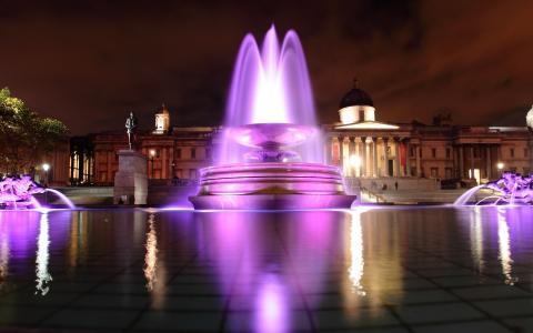 多彩的喷泉