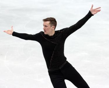 铜牌美国花样滑冰运动员杰里米·雅培在索契奥运会上的主人