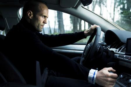 Jason Statham在车轮后面