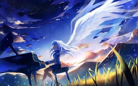 弹钢琴的女孩