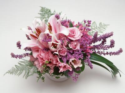 3月8日的花瓶