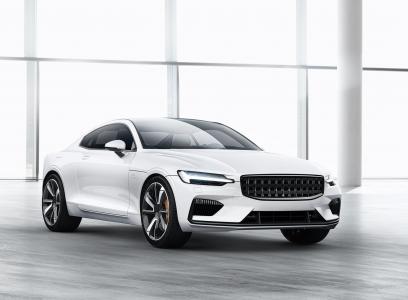 2019年新的白色生产汽车Polestar 1