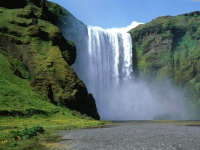 在冰岛的瀑布