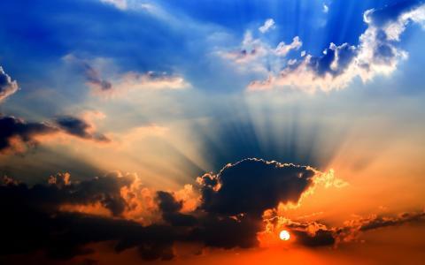 明亮的日落