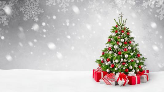 装饰圣诞树新年2018年与礼品,明信片模板
