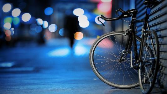 车主离开了自行车