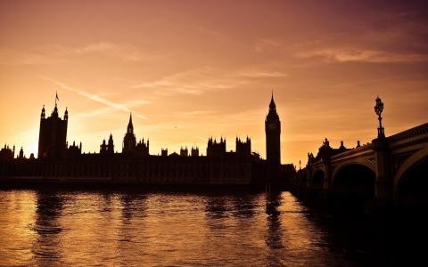 大笨钟伦敦在晚上