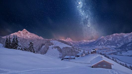 蒂罗尔山在冬天,奥地利