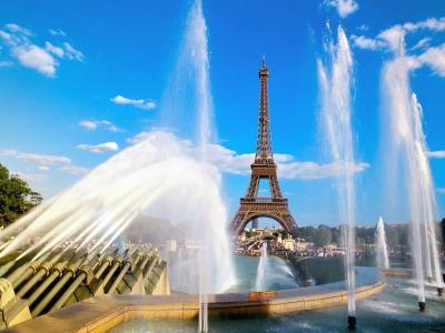 喷泉和艾菲尔铁塔