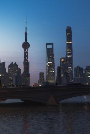 上海夜晚微信背景