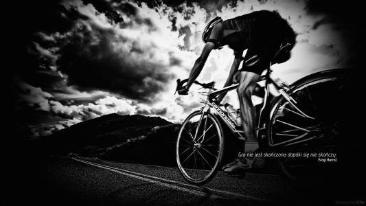 在自行车上的健身