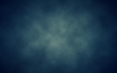 在蓝色背景上的白色阴霾