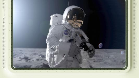 """""""月亮之旅""""3D /壮丽的荒诞"""