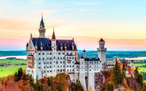 在德国的白色城堡,照片人类发展报告
