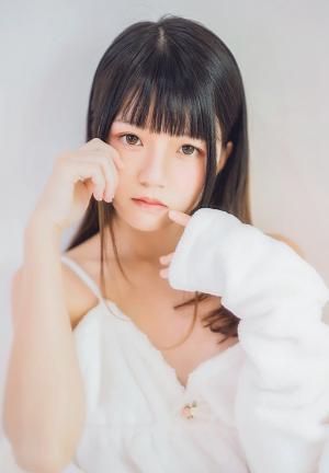 桜桃喵清纯娇媚写真