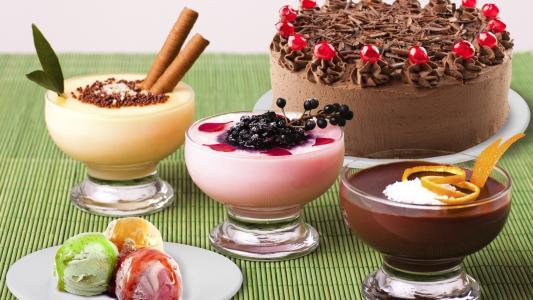 冰淇淋,奶昔和蛋糕