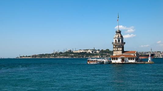 在伊斯坦布尔海湾的小岛