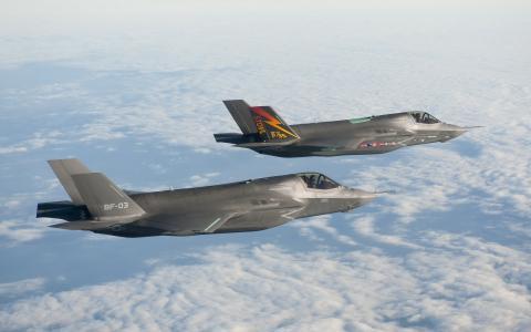 F-35闪电II