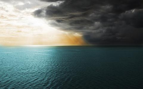 上帝之光在海上