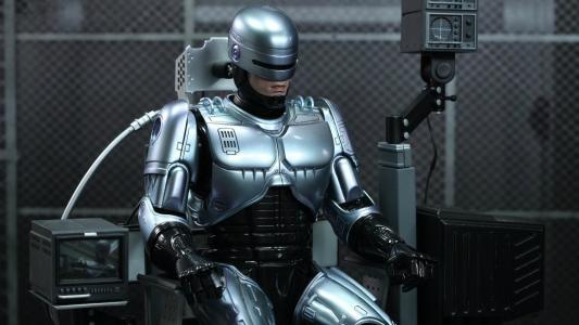 传奇电影Robocop