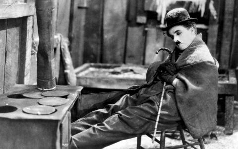 查理·卓别林在电影里打瞌睡
