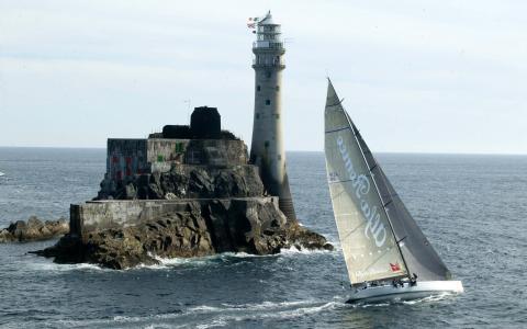 岛上的灯塔