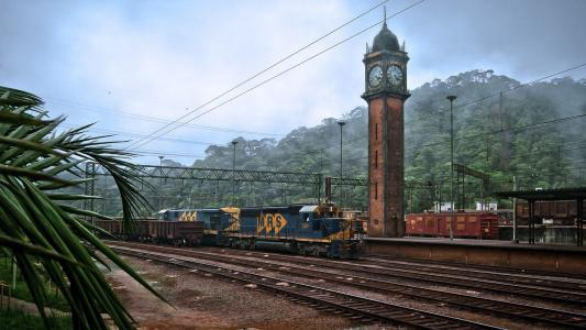在老火车站的钟楼