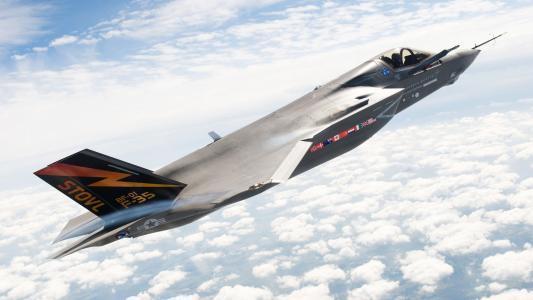 军用飞机F35